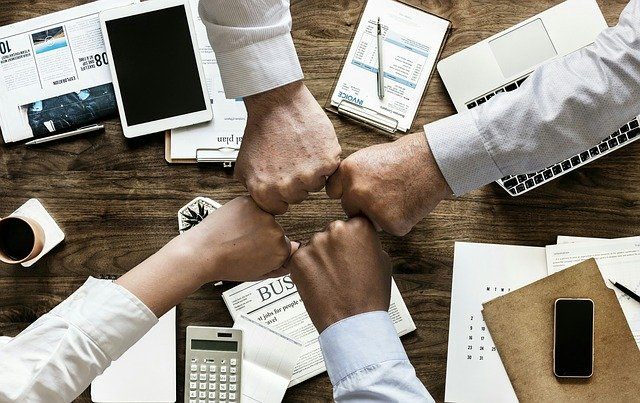 consultant-travail-equipe